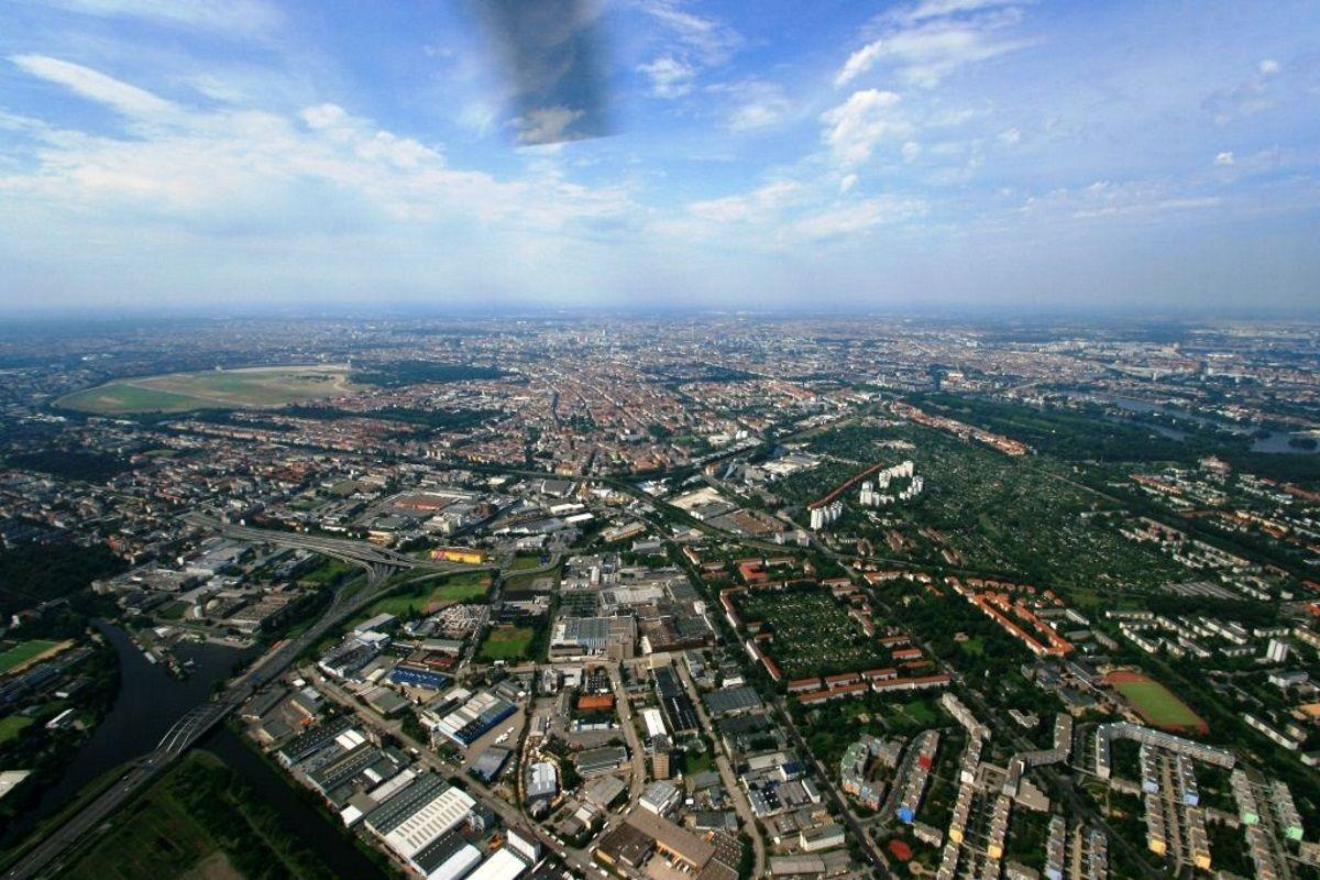 Berlin-Süden-mit-Blick-nach-Tempelhof